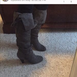Fold over gray boots